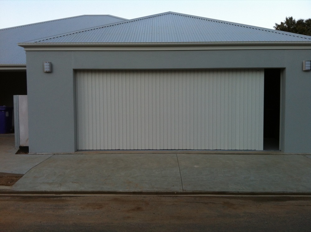 Collection Garage Side Roller Doors Pictures